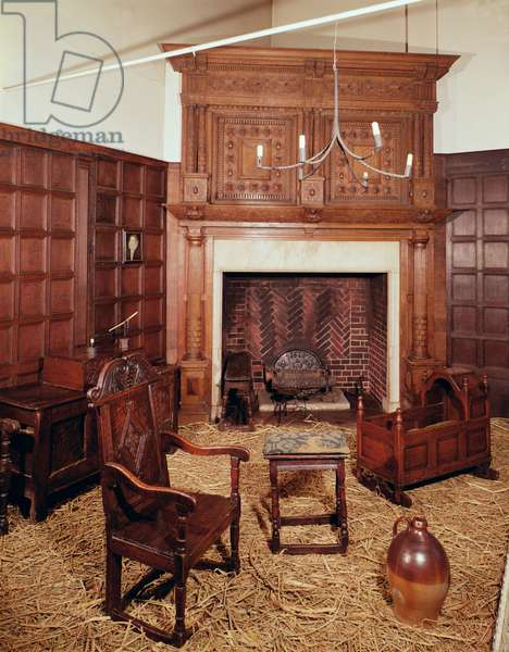 Furniture in the Late Elizabethan room