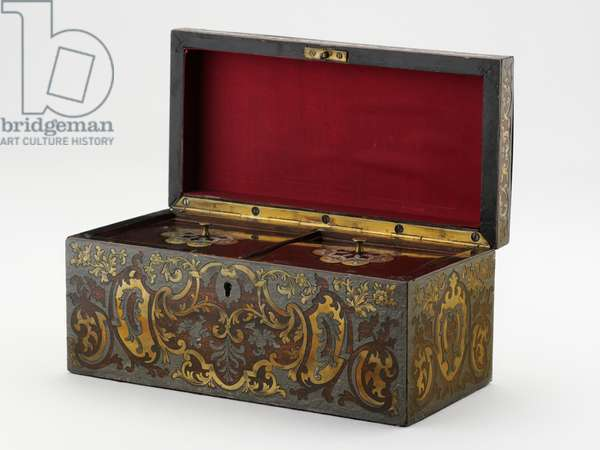 Tea caddy, c.1840 (mahogany inlaid with brass & zinc)