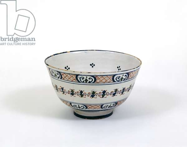 Punch bowl, made in London or Bristol, c.1620-30 (tin-glazed earthenware)