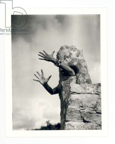 I Reach Out my Arms, 1932 (b/w photo)