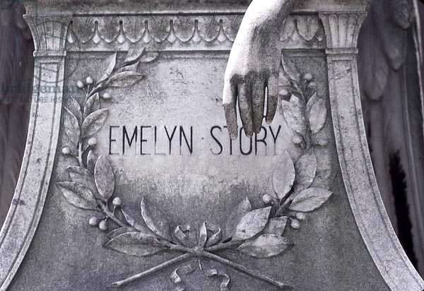 Grave of Emelyn Story (stone)