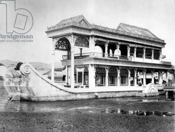Marble Boat in the Summer Palace in Beijing, c.1900 (b/w photo)
