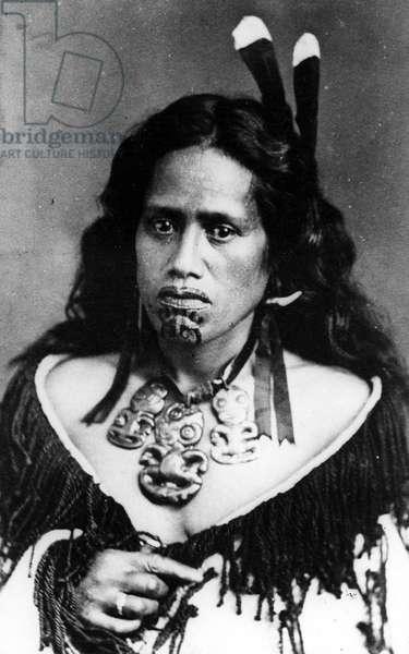 Portrait of a Maori woman, before 1880 (b/w photo)