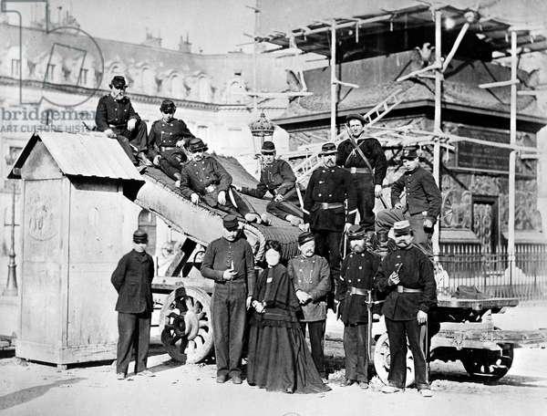 Troops of the Paris Commune in the Place Vendôme, 1871 (b/w photo)