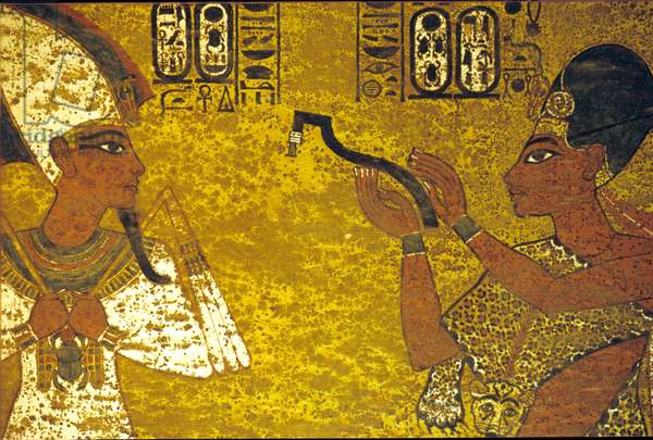 Ancient Egypt, Tomb of Tutankhamun, Ay performing the opening of the mouth ceremony, 18th dynasty (photo)