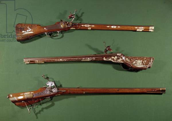 Hunting rifles. 16th century Gien, hunting museum