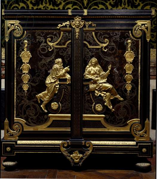 Furniture Regence style: cabinet with coins realized by Gilles Marie Oppenord (1672-1742) 18th century Versailles, musee du chateau
