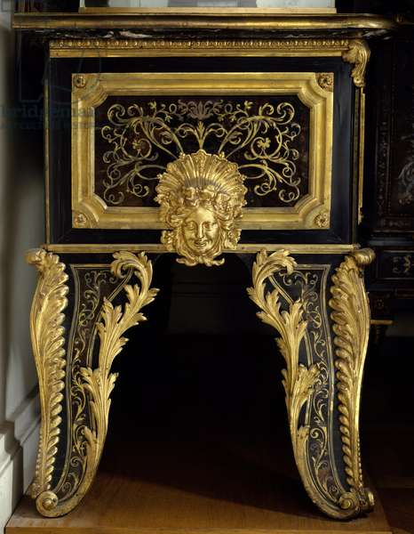 Louis XIV furniture: chest of drawers with metal inlay with acanth made by Andre Boulle (1642-1732), 1680-1700. Paris, Louvre Museum