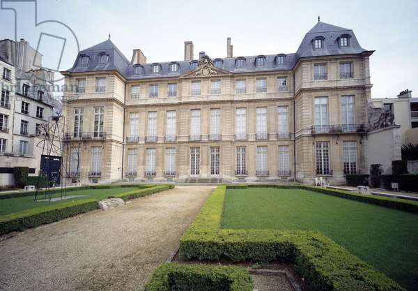 View of the Hotel Sale, current Musee Picasso, realized between 1656 and 1659 by architect Jean de Bouiller. Paris