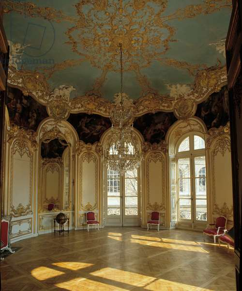 Internal architecture: living room apartment of the princess of Soubise realized by architect Germain Boffrand (1667-1754), Hotel de Soubise, Paris.