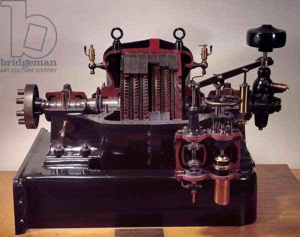 Mechanical: 250 CV turbine made by Auguste Rateau (1863-1930) 1910 Paris, CNAM