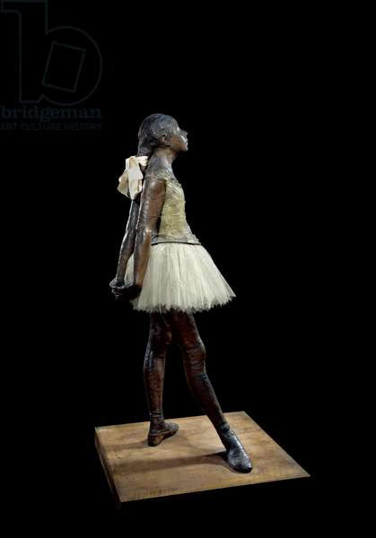 14 years old or great dancer dressed Sculpture by Edgar Degas (1834-1917) in bronze patina, tulle and pink satin on wooden base, 1881 - Paris, Musee d'Orsay