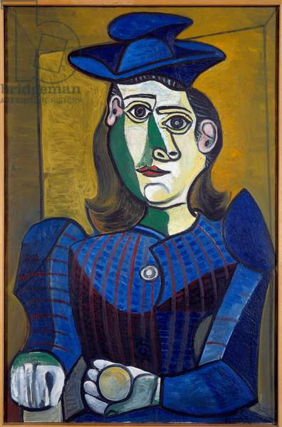 Portrait: bust of woman with blue hat. oil on canvas. Dim: 0.92 x 0.60m. Painting by Pablo Picasso (1881-1973), 1944. Paris, Musee Picasso