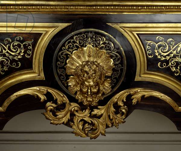 Louis XIV furniture: chest of drawers with metal inlay with acanth made by Andre Boulle (1642-1732), detail. 1680-1700. Paris, Louvre Museum