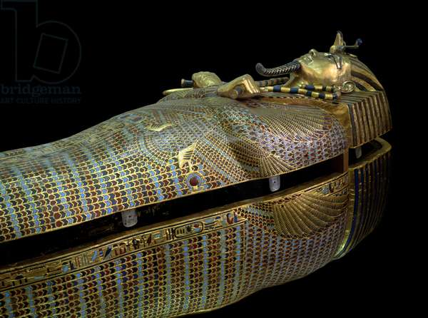 Egyptian antiquite: sarcophagus of the Tresor of Tuthankamun (Tutankhamun or All-Ankh-amun), 18th dynasty - Cairo, Egyptian Museum, Egypt - Sarcophagus of Tuthankamun (1345 BC-1327 BC) - Gold, glass and semi precious stones on wood sculpture, from the Tuthanhamun treasure - Egyptian Antiquity, 18th dynasty - Museum of Egyptian Antiquities, Cairo, Egypt