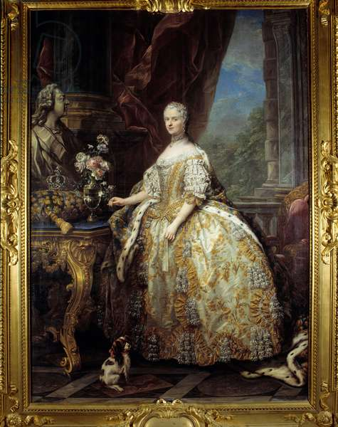 Portrait of Queen Portrait of Queen Mary Lescszinska, Queen of France (Leczinska, Lescszinka or Leszinka, 1703-1768). (1703 - 1768) in large court dress Painting by Carle Van Loo (1705-1765) 18th century Sun. 2,74 x 1,93 m Versailles. Musee Du Chateau - Portrait of Marie Lescszinska, Queen of France (Leczinska Lescszinka or Leszinka, 1703-1768) (1703-1768) in full court dress. Painting by Carle Van Loo (1705-1765), 18th century. 2.74 x 1.93 m.