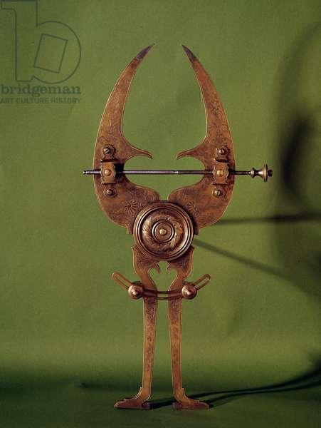 Scientific measuring instrument: a 16th century compas. Decorative arts, Paris