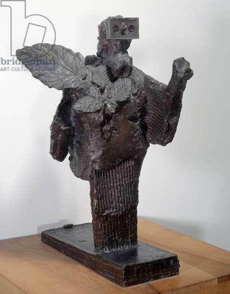 La femme au foliage. Sculpture by Pablo Picasso (1881-1973), 1934. Bronze. Paris, Musee Picasso.