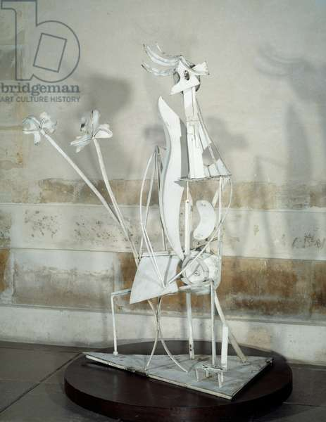 The woman in the garden. Sculpture by Pablo Picasso (1881-1973), 1930. Soda iron and painted. Paris, Musee Picasso.
