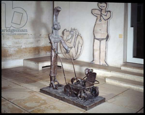 The woman has the stroller. Sculpture by Pablo Picasso (1881-1973), 1950. Bronze. Paris, Musee Picasso.