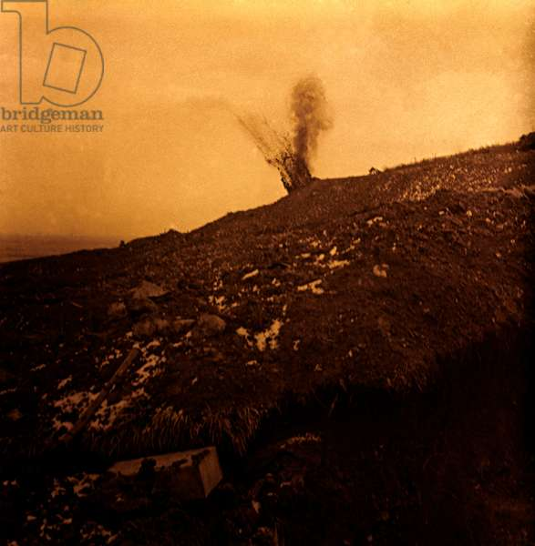 Stereoscopic glass plate on the First World War (1st, Iere, 14-18 or 1914-1918) (The First World War; WWI): Sparges, explosion of a German torpedo, Private collection