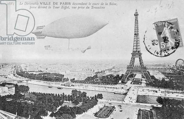 An airship over the Trocadero and the Eiffel Tower in Paris. 1908