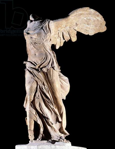 """Greek antiquite: """""""" The Victory of Samothrace"""""""" Representation of Nike, personification of Victory, ailee and drapee. Marble sculpture. Discovered on the island of Samothrace. Sun 3,2 m Paris, Musee du Louvre"""