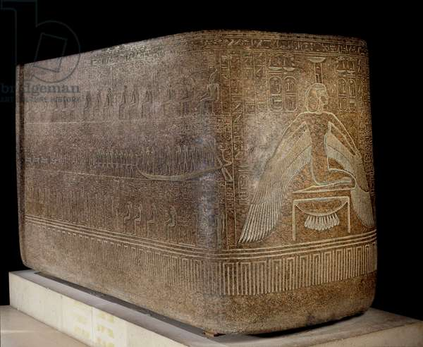 Ancient Egyptian Art: vat of the sarcophagus of Ramses III. Pink granite carved. Period 20th dynasty (1186-1069 BC), around 1160 BC. Dim: 1,8x1,5x3,05m. Paris, Musee Du Louvre
