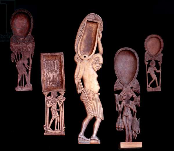 Egyptian antiquite: spoons in carved wood. New Empire (around 1550-1069 BC) Paris, Louvre Museum