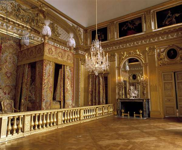View of the room of King Louis XIV (1638-1715) in Versailles.