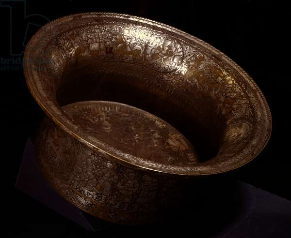 Baptistere basin in copper and silver made by Muhammed ibn-al-Zayn (Ibn al-Zayn) (14th century). From Egypt or Syria. Paris, Louvre Museum