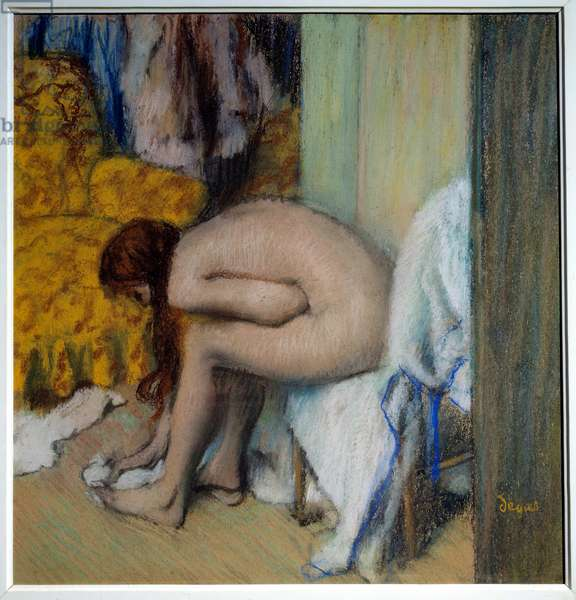 Naked woman wiping her feet A woman has her toilet. Painting (monotype in black ink) by Edgar Degas (1834-1917). 1879-1893. Dim. 0,45x0,23 m. Paris, Musee d'Orsay