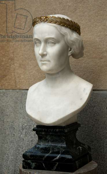 Marble bust of Princess Mathilde has the golden crown in 1861
