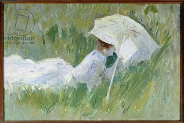 Portrait of Madame Helleu, wife of the painter, in the grass Painting by Paul Cesar Helleu (1859-1927) before 1927, oil on canvas, Dim. 0,54x0,81 m Rouen, musee des Beaux Arts - Portrait of Madame Helleu, wife of the painter, lying in the grass. Painting by Paul Cesar Helleu (1859-1927), before 1927, 0.54 x 0.81 m. Beaux-Arts Museum, Rouen, Paris