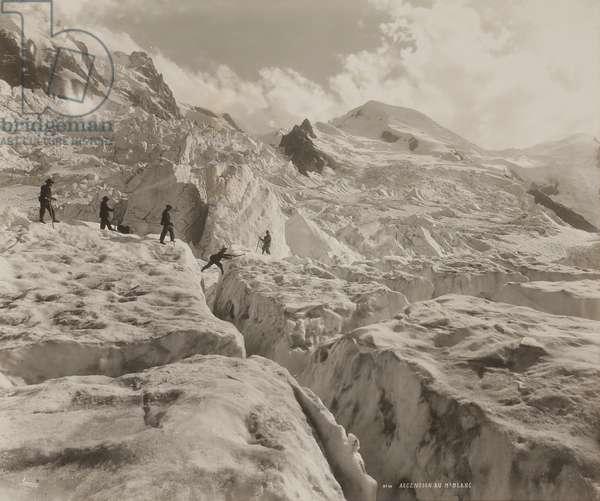 Climbers ascending Mont Blanc via the Grands Mulets Glacier, c.1890 (silver gelatin print)