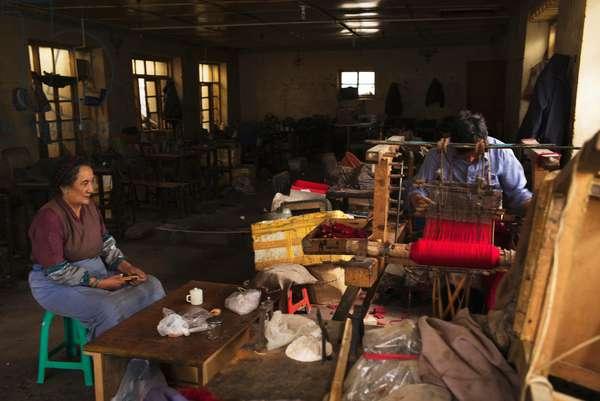 Workshop, Lhasa, Tibet (photo)