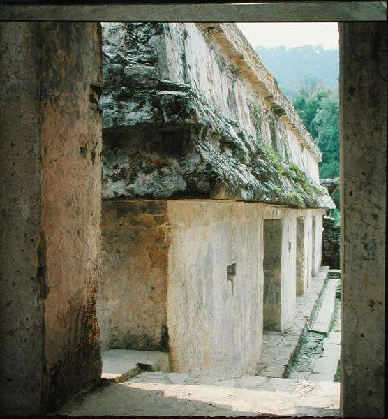 Courtyard in the Palace, Late Classic Maya (photo)