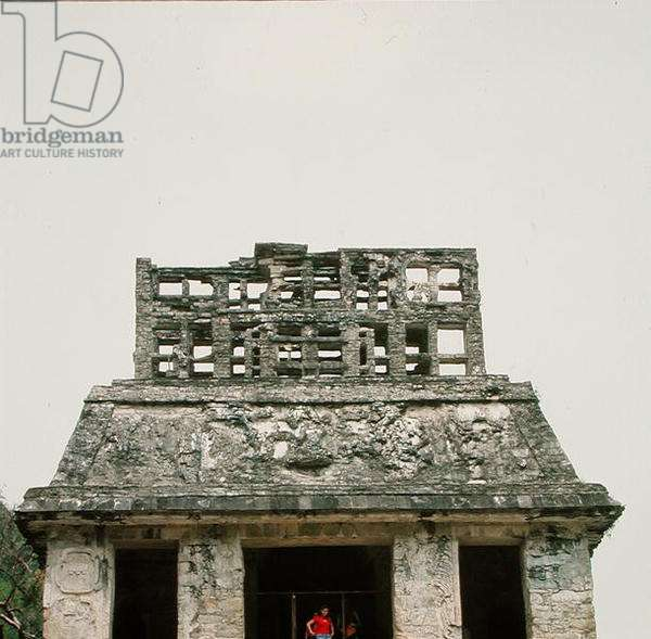 Roof and ridge of Temple of the Sun, Late Classic Maya (photo)