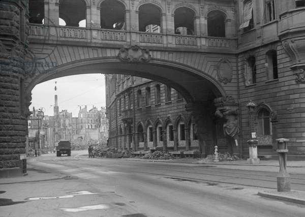 Roemer Nordbau, Frankfurt, Germany, May 1945 (b/w photo)
