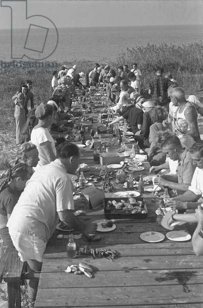 Meal at Fire Island, New York, Summer 1946 (b/w photo)
