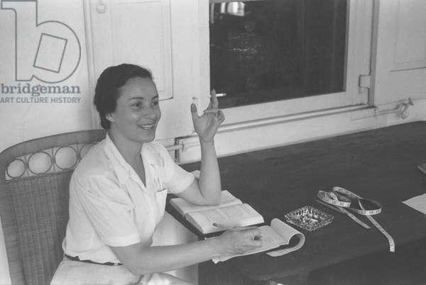 Tania Stern, Berwyn, Pennsylvania, summer 1942 (b/w photo)