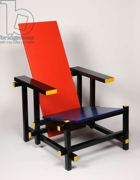 Red-Blue Chair, 1917 (wood)