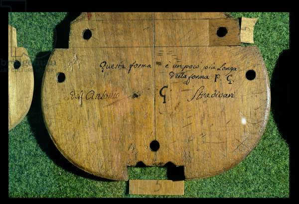 The back of a violin with carved inscriptions by Antonio Stradivari (1644-1737) (wood)