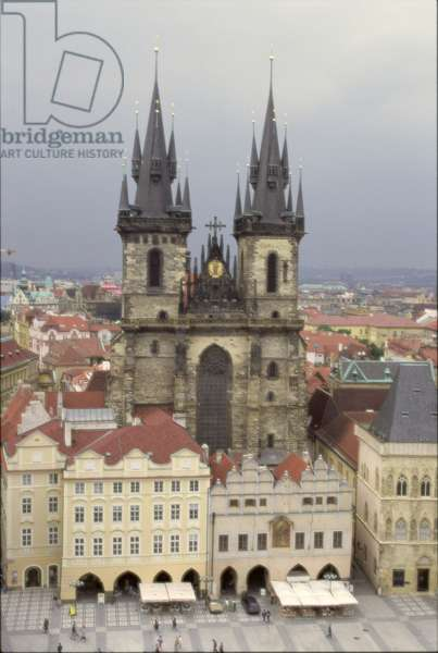 View of the Church of St. Mary of Tyn, from the Municipal House, completed in 1511 (photo)