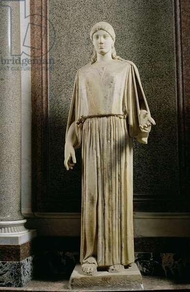 Female figure wearing a peplos, Greek (marble)