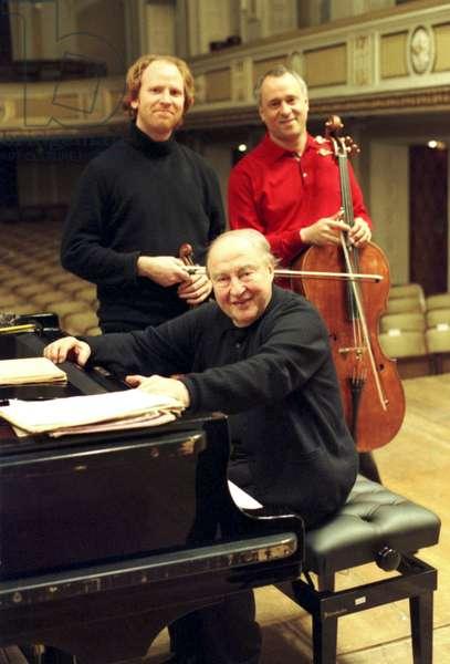 'Beaux arts trio' rehearsing