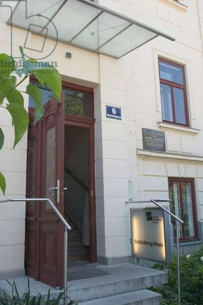 Arnold Schoenberg 's house  in Mšdling