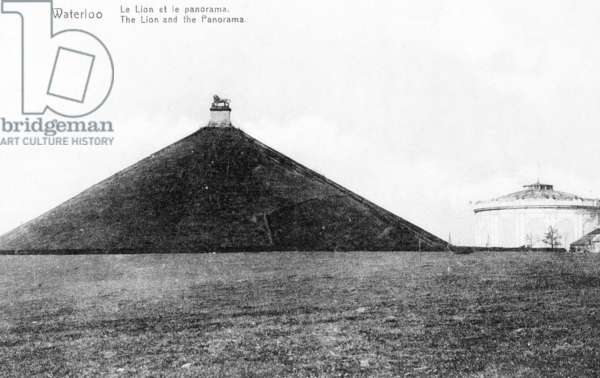 The Butte du Lion (Lion's Mound) and the Panorama at Waterloo, commemorative postcard, c.1912 (photolitho)