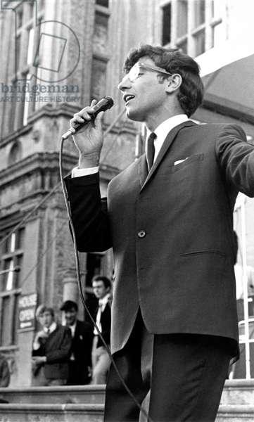 Freddie Garrity of Freddie & the Dreamers