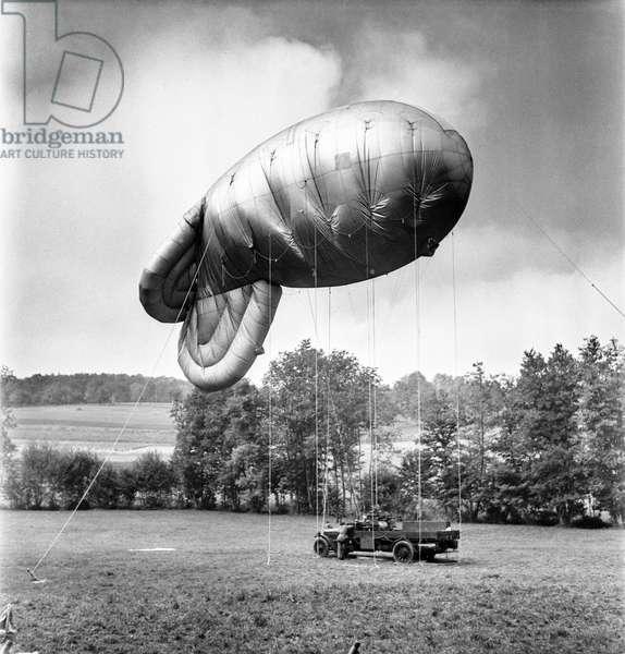 Switzerland World War II, 1944 (b/w photo)
